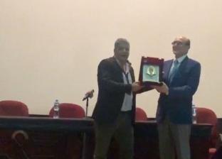 تكريم محمد صبحي في مهرجان الأقصر للسينما الإفريقية