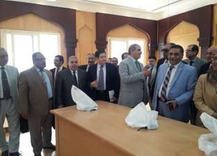 رئيس جامعة الأزهر يتفقد قاعة المجلس الجديدة قبل افتتاحها