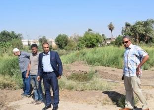 رئيس مركز أبوقرقاص يتابع أعمال إنشاء محطة مياه نزلة أسمنت