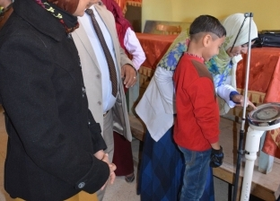 """""""صحة الوادي الجديد"""": فحص 632 تلميذا في اليوم الأول لمسح مدارس المحافظة"""