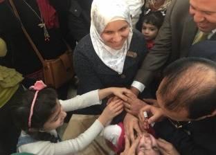 محافظ الدقهلية يشهد حملة تطعيم الأطفال بطلخا
