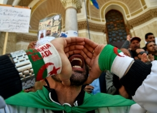 """الجزائريون يستقبلون ذكرى الاستقلال بـ""""تسونامي التصدي للثورة المضادة"""""""