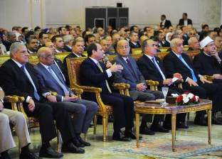 «الإحصاء»: عدد سكان مصر 104.2 مليون نسمة.. ونسبة الأمية 25.8%.. و«السيسى» يحذر من خطورة نتائج التعداد السكانى