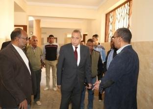 محافظ قنا يتفقد بعض المشروعات الخدمية بمراكز شمال المحافظة