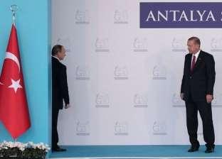 """أردوغان: بوتين قال لي """"اعتبر اختراقات المجال الجوي ضيافة"""""""