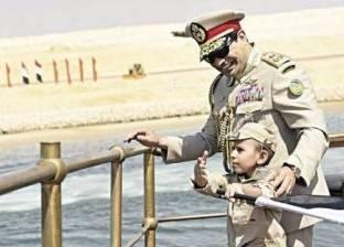 """أسامة كمال يحتفي بالطفل """"عمر"""" في ذكرى إفتتاح قناة """"السويس"""""""