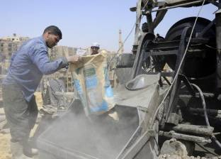 عمال الخرسانة يشكون «البطالة» بعد سيطرة «البامب» والتكنولوجيا على البناء