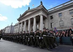 أعمال عنف واشتباكات مع الشرطة بأيرلندا الشمالية