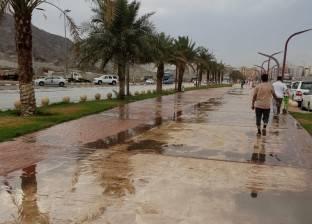 بالصور| سقوط أمطار غزيرة على مكة المكرمة