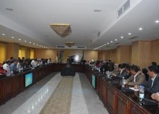 محافظ الفيوم: تحسين خدمات 4 قرى منتجة لزيادة حجم المبيعات