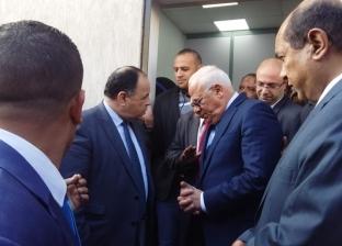 معيط يوجه بزيادة الخدمات والموظفين بمكتب الخدمة الجمركية في بورسعيد