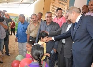 محافظ المنيا يتابع استعدادات العام الدراسي بـ3 مراكز