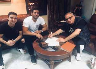 بالصور| أحمد السبكي يتعاقد مع حسن الرداد على بطولة فيلم جديد