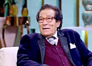 """فاروق حسني: توقفت عن الرسم والعرض .. """"مش عاوز الفن يطلع متعاص كورونا"""""""