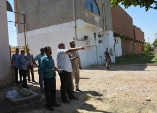 محافظ الوادي الجديد يتفقد شارع جمال عبدالناصر بالخارجة