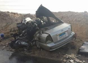 مصرع طفلتين وإصابة والديهما في حادث تصادم بسوهاج