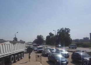 """""""مرور القاهرة"""" تكثف خدماتها بكوبري السيدة عائشة"""