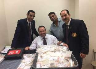 جمارك مطار القاهرة تحبط تهريب كمية من الأدوية البيطرية بنصف مليون جنيه