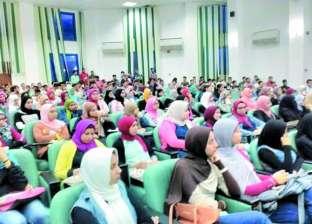 انتشار واسع لمندوبي مراكز اختبارات القدرات بمحيط جامعة القاهرة