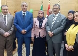 جامعة بنها تكرم مدير عام التنظيم والإدارة لبلوغها سن المعاش