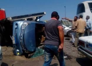 """مصرع شاب وإصابة 6 في حادث تصادم سيارتين ملاكي بـ""""توك توك"""" في أسيوط"""