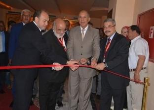 محافظ البحر الأحمر يفتتح معرض المنتجات البحثية بالملتقى العربي للإبداع