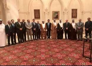 رئيس البرلمان العربي يلتقي سفراء الدول العربية لدى سلطنة عمان