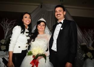 بالصور| أمينة تشعل أجواء فرح الإعلامية نادية حسني