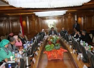 وزير التعليم العالي يرأس اجتماع مجلس إدارة معهد علوم البحار