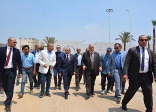 نشر أعلام الدول المشاركة في بطولة أمم إفريقيا بمحيط استادات القاهرة