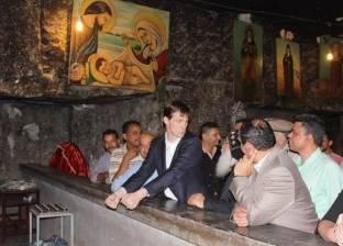 بالصور| سفير بريطانيا لدى مصر يزور المعالم السياحية في أسيوط