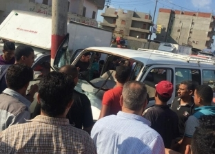 إصابة 6 أشخاص في انقلاب سيارة على الطريق الزراعي بالبحيرة