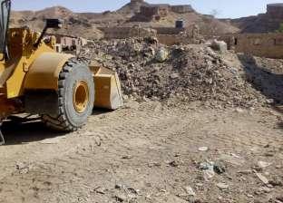 صور| حملة نظافة لرفع المخلفات من جوار المدارس بأبوزنيمة في جنوب سيناء