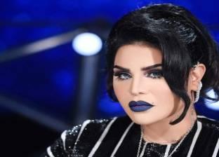 صور| أحلام تفاجئ جمهور حفلها الأول بالسعودية: حقيبة هدايا على كل كرسي