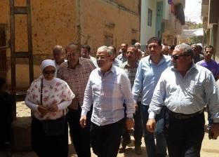 """محافظ المنيا يوجه ببناء منزل قديم تقيم به """"كفيفة"""" في بني مزار"""