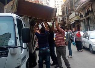 """""""إشغال الطريق"""" يشن حملة لإزالة التعديات بحي الجمرك بالإسكندرية"""