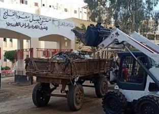 بالصور| معدات الإنقاذ السريع تشارك في تنظيف شوارع دسوق بكفر الشيخ
