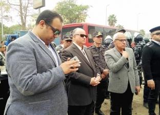 محافظ القاهرة يتابع هدم عشوائيات عزبة «أبو السعود»