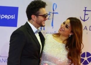 بـ قبلات ساخنة.. أحمد الفيشاوي وزوجته يخطفان الأنظار بمهرجان الجونة