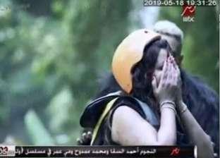 فيديو وصور| شذى حسون تنهال على رامز جلال بالضرب: أنت مجنون؟