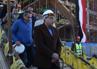 مدبولي يتفقد أعمال تطوير استاد القاهرة