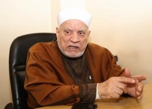 أحمد عمر هاشم يدخل في نوبة بكاء أثناء حديثه عن بردة البوصيري وفضلها