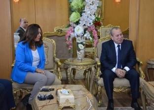 """بالصور  محافظ دمياط في تكريم """"إسماعيل طه"""": عمل على تحقيق التنمية"""
