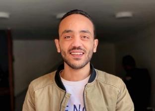 «إبراهيم» ينحت اسم فلسطين على سن قلم رصاص: القضية من الثوابت