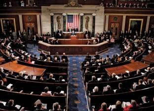 """""""الشيوخ الأمريكي"""" يقر قانونا تجنبا لإغلاق المؤسسات الفيدرالية"""