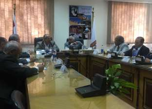الشريف: القيادة السياسية جادة وتريد نقل بوصلة الدولة المصرية للأفضل