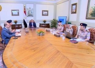 السيسي يلتقي وزير الدفاع ورئيس أركان حرب القوات المسلحة