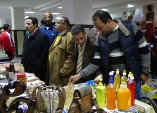 """جامعة المنيا تعرض """"جهاز ليزر"""" و""""ماكينة حقن بلاستك"""" و""""ريبوت للقيادة"""""""