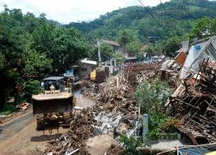 عاجل| 42 قتيلا جراء فيضانات في إندونيسيا