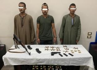 ضبط أسلحة وذخيرة وتنفيذ 48 حكما في حملة أمنية بأسيوط